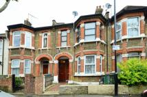 2 bed Flat in Neville Road, Upton Park...