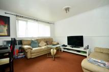 3 bed Flat in Byford Close, Stratford...