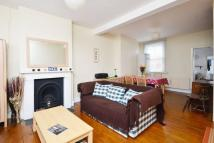 2 bed house in Station Road...