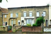 3 bedroom home in Chobham Road, Stratford...