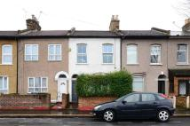 3 bed house to rent in Chandos Road, Stratford...