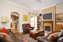 4 bedroom house in Granleigh Road...