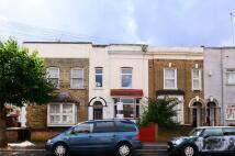 4 bedroom house in Ham Park Road, Stratford...