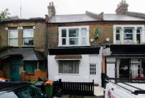 2 bed Flat in St Georges Road...