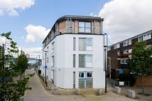 Flat in Grasmere Road, Plaistow...