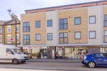 2 bed Flat to rent in Romford Road...