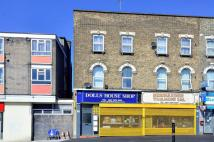 Barking Road Flat to rent