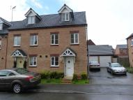 3 bedroom Town House to rent in South Meadow Close...