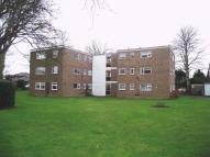 Flat to rent in 2 Bed 1st Floor Flat in...