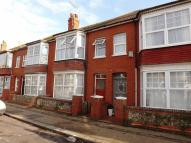 Flat to rent in Wordsworth Road, Worthing