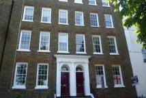 Flat to rent in Hawley Square