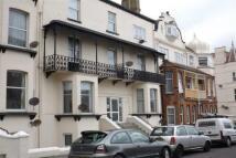 1 bedroom Flat to rent in Sweyn Road