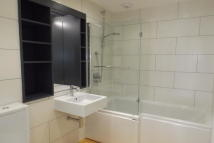 Town House to rent in Newly Converted...