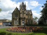 Apartment to rent in Westroyd Hall, Farsley...