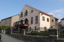 6 bedroom Detached house for sale in Huddersfield Road, Wyke...