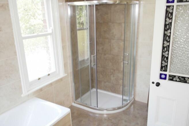 Bathroom 1 Continued