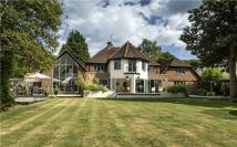 5 bedroom Detached house for sale in Long Hill Road, Ascot...