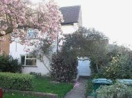 3 bed semi detached house to rent in Cherry Way, Shepperton...