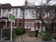 Ground Flat in Fox Lane, London, N13