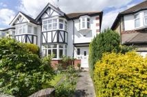 3 bed semi detached property for sale in Wynchgate, London, N14