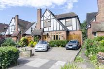 5 bed Detached property in Bourne Avenue, London...