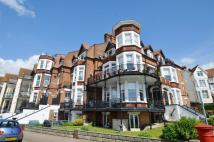 4 bedroom Flat in The Leas...