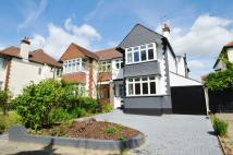 4 bed semi detached home in Kenilworth Gardens...