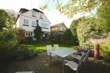 5 bedroom Detached property in Mountdale Gardens...