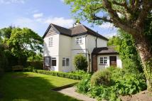 4 bed Detached home in The Ridgeway...