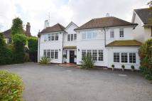 5 bedroom Detached home in Hall Road, Rochford...