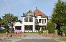 Chalkwell Avenue Detached house to rent