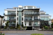 3 bed Flat for sale in Chalkwell Esplanade...