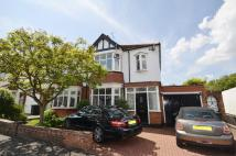 3 bed semi detached home in Harley Street...