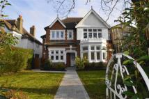 semi detached house for sale in Avenue Road...