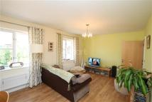 Flat to rent in Hopcrofts Meadow