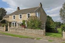 Cottage for sale in Hillside...