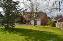 5 bedroom Detached house for sale in Balmoral Drive...