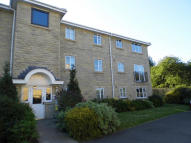 Apartment to rent in Farfield Rise Brighouse
