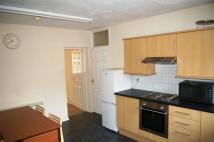 3 bed Flat to rent in Eastgate Street...