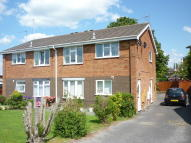 Maisonette to rent in Silver Close, Biddulph