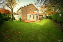 4 bedroom Detached house in Newlands Avenue...