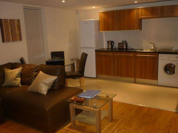 3 bedroom apartment to rent in altitude apartments powell