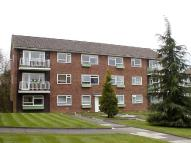 2 bed Flat to rent in Meadow Court, Rosebank...