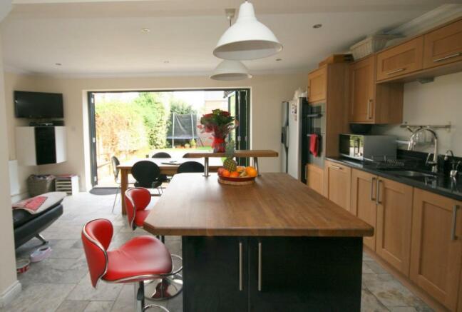 Kitchen third aspect