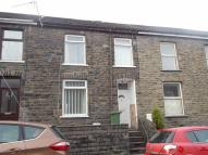 Terraced home to rent in Crawshay Street...