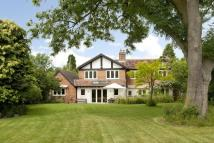 5 bed Detached property in Shottery...