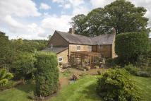 4 bed Detached property in Avon Dassett...