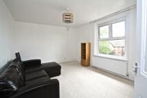 2 bedroom Flat in OLIVER GROVE, London...