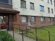 Flat to rent in Canmore Road, Glenrothes...