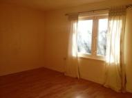 Flat to rent in Malcolm Road, Glenrothes...